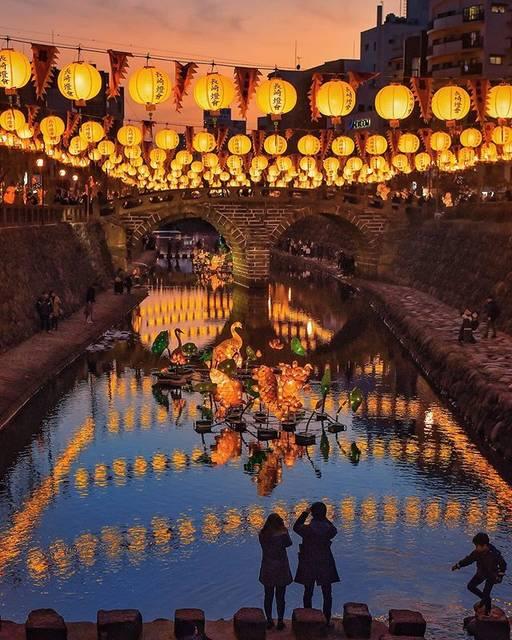 """九州電力 on Instagram: """"幻想的な光あふれる春節のお祝い🌟 . 中国の旧正月を祝う行事「春節祭」が起源。長崎の冬の風物詩「長崎ランタンフェスティバル」が開催中🏮✨ 約15,000個にも及ぶ極彩色の #ランタン や、大型オブジェが街を彩ります🌈 . 【開催日時】2020年2月9日(日)まで…"""" (810191)"""