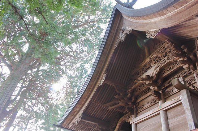 """南阿蘇村 長野区サポーターの会〜大字長野会〜 on Instagram: """"南阿蘇村長野区の長野阿蘇神社  熊本地震での倒壊を辛うじて免れました。  もし倒壊していたら、この小さな地区の力では、この素晴らしい姿に復元出来なかった可能性が高いですね。  現在震災で倒壊し復元中の本宮の阿蘇神社が無事元の姿に戻る事を祈念します。  #南阿蘇村 #南阿蘇…"""" (811483)"""