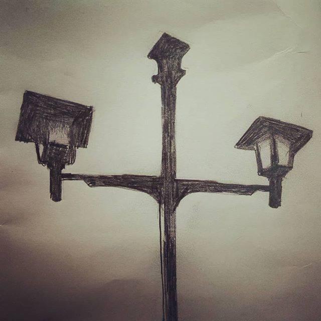 "aru on Instagram: ""見上げる#鉛筆画#一日一絵 #街灯#イラスト#illustration#art#絵画#東広島##東広島市#鏡山公園#park#鉛筆"" (813242)"