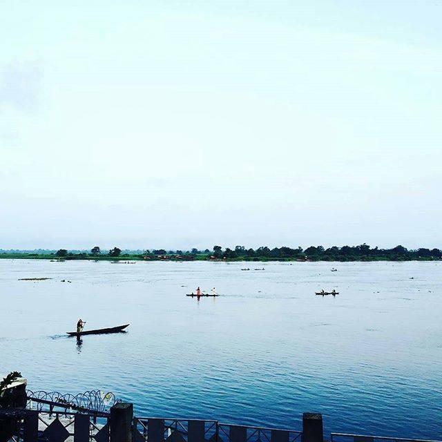 "Congolese & Fabulous on Instagram: ""📷 @momo_tokyo -  #コンゴ民主共和国 #アフリカ#コンゴ川 #africa #drcongo #congoriver #Regrann"" (813464)"
