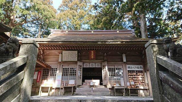 "@basilicocco on Instagram: ""#神社 #神社めぐり #愛知県 #三河國一之宮 #砥鹿神社 #奥宮 #大己貴命"" (823286)"