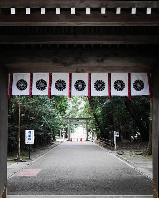 "屯田 on Instagram: ""砥鹿神社  #愛知 #豊川 #砥鹿神社 #日本の風景 #panasonic  #gf7 #leica #aichi #toyokawa #togashrine #shrine #japaneselandscape #instagram #instagramjapan…"" (823303)"