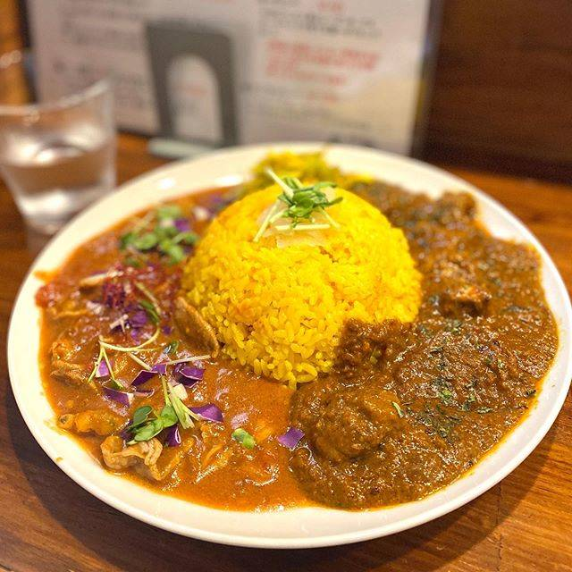 "TMK on Instagram: ""🍛 二盛りカレー  安定の味。  location Okinawa Japan  #iphone11 #iphoneography  #iPhone #iphonephoto  #instafood #ig_food  #japanesefood #スパイスカレー #カフェめし…"" (824128)"