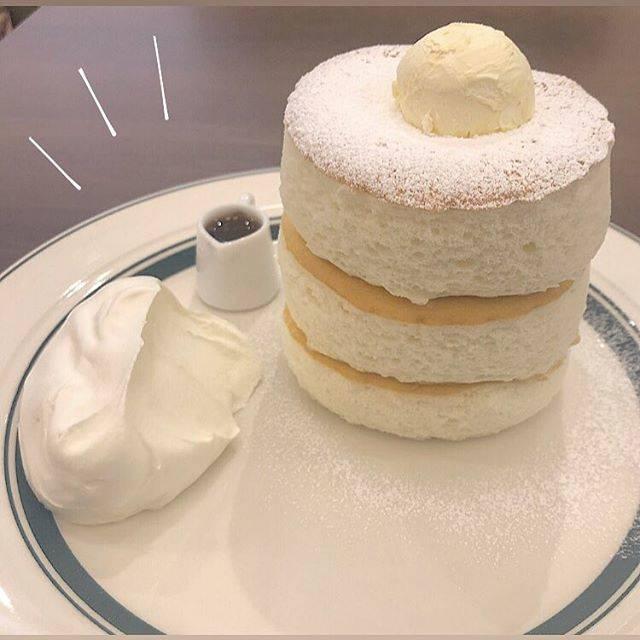 """mai on Instagram: """"限定 #グラムパンケーキ !ふわっふわで美味しすぎた🥞♡これは絶対に食べた方がいい絶対に🥺 #0211"""" (824451)"""