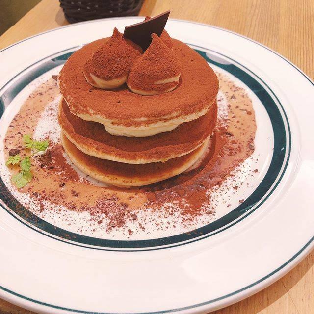 """Roro/みーさん on Instagram: """"そしてグラムのパンケーキなう。冷たいティラミスパンケーキ美味しいけどまあまあだった…#グラムパンケーキ"""" (824461)"""