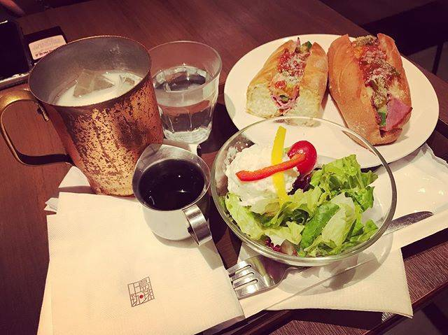 "Karine Chang on Instagram: ""Lunchtime with my colleague and my friend ~😊 @honglohonglo #lunchtime #上島珈琲 #coffeetime"" (824667)"