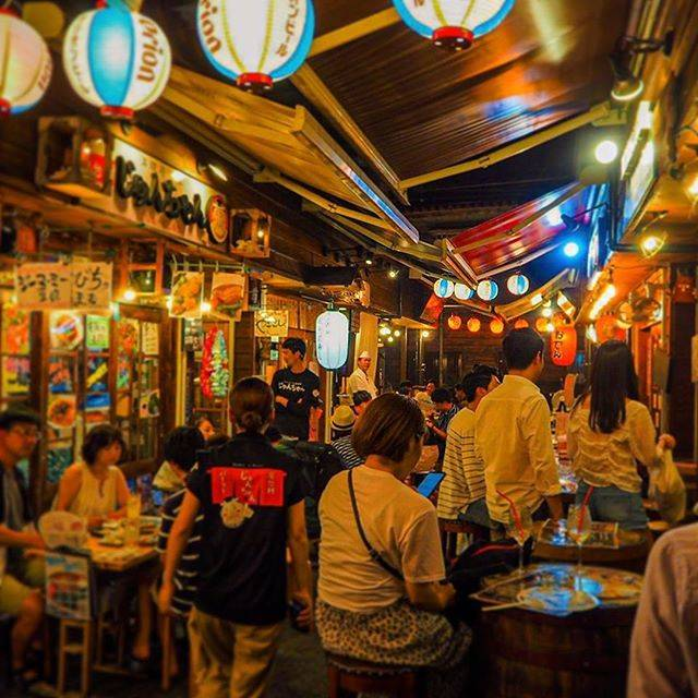 """[Official] VISIT OKINAWA JAPAN on Instagram: """"Kokusai Dori Yataimura is an area filled with street food vendors offering a variety of food choices. Enjoy your night out with delicious…"""" (824871)"""