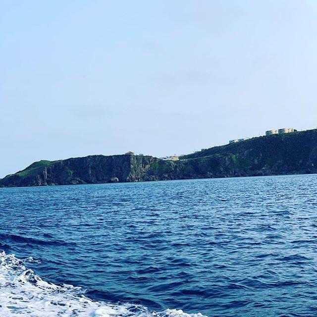 """BAR L&B     Miyako Island on Instagram: """"本日誠に申し訳ございませんが、臨時休業とさせていただきますm(._.)mまた明日より御来店お待ちしております♪#宮古島#伊良部島#佐良浜#BAR#L&B"""" (826230)"""