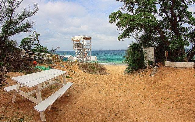 "Hiramatsu Yoshiaki on Instagram: ""HDRi Entrance of Odomari Beach in Ikei Island, Okinawa 沖縄伊計島にある大泊ビーチの入り口 #沖縄旅行 #カメラ好き #カメラ女子 #カメラ男子 #カメラ旅 #landscape_capture…"" (827228)"