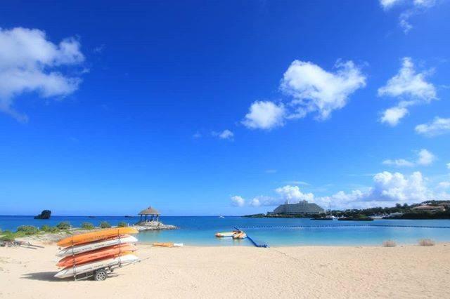 "@cousey.s on Instagram: ""恩納海浜公園ナビービーチ#恩納海浜公園ナビービーチ #恩納海浜公園 #恩納村 #ナビービーチ #ビーチ#沖縄 #沖縄の夏 #沖縄の海 #沖縄旅行 #okinawa #sea #ocean #beach #sky #bluesky #写真好きな人と繋がりたい"" (827344)"