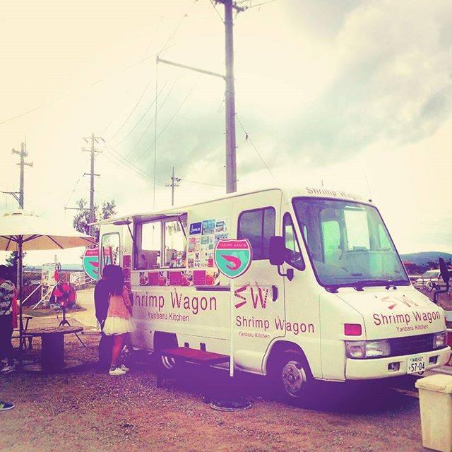 """羞婷 on Instagram: """"好好吃!🌉#古宇利大橋 #蝦子餐車 🍤🍧 #shrimpwagon #shrimpwagonやんばるkitchen"""" (827360)"""