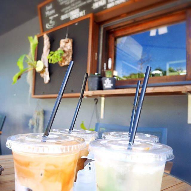 "Akiko_Tsuka on Instagram: ""Latte @ Restaurant LOTA#cafelatte #kouritou #restaurant #llota #アイスカフェラテ #レストラン #カフェ #レストランエルロタ #レストランllota #古宇利島"" (827450)"