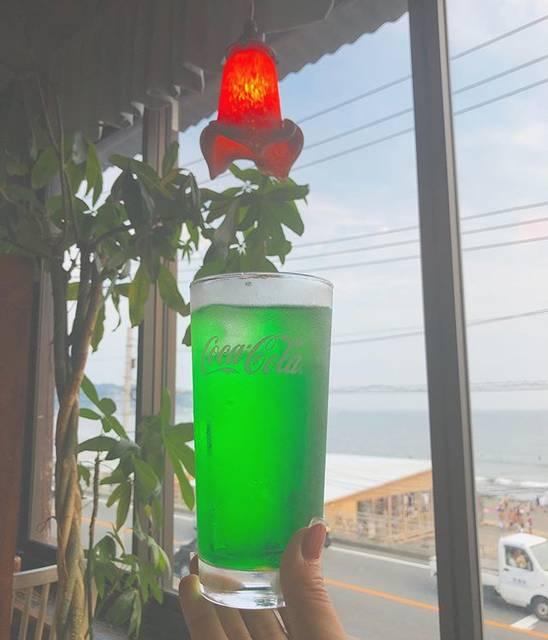 """Seedless Bar on Instagram: """"なつー!8月最後の日曜日の週末👒 ⠀ 夏のクライマックスしにきてください⛱ ⠀ ⠀ お隣 長谷エリアでの#長谷の灯り も今週末までのよう。大仏さまや寺社が、夜はライトアップされてきれいですよー!⠀ 今週末もお待ちしております!!!⠀ ⠀ #メロンソーダ #クリームソーダ ⠀…"""" (830833)"""