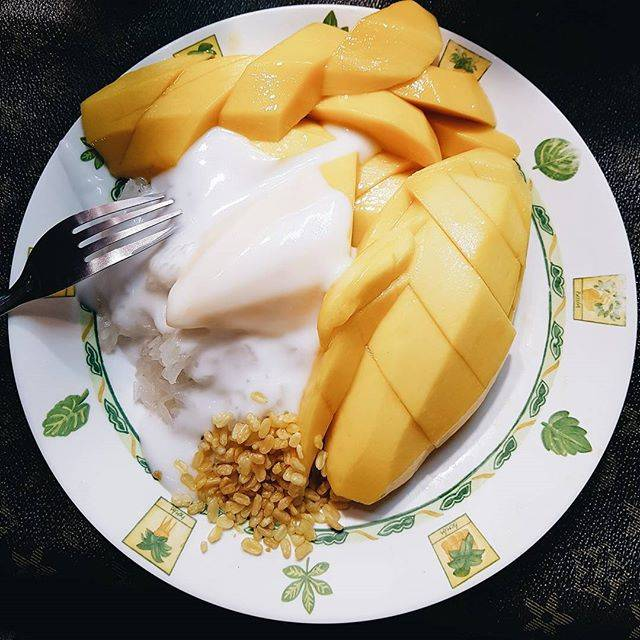 """Vinh on Instagram: """"best mango with sticky rice in Bangkok 👍"""" (831335)"""
