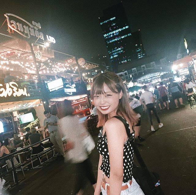 """ぽ on Instagram: """"🇹🇭 #タイ #バンコク #ラチャダー鉄道市場"""" (831386)"""