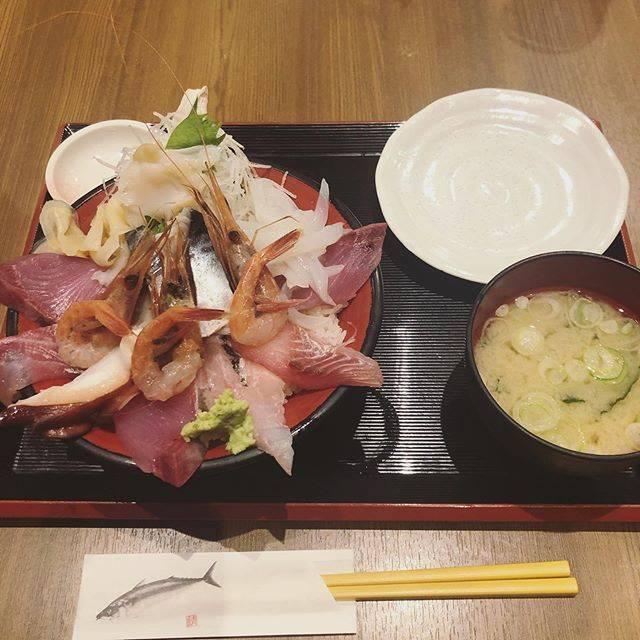 "m on Instagram: "".#金沢#金沢ランチ#魚菜屋#海鮮丼#たべすたぐらむ #過去pic"" (843069)"