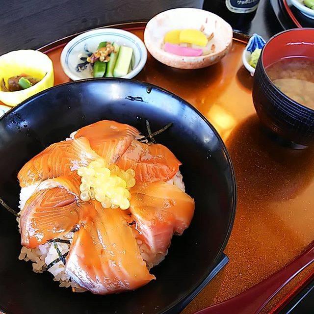 "Yasuharu Okawa on Instagram: ""過去のアルバム選第3弾は#あまご茶屋 の#紅姫あまごの漬け丼"" (843948)"
