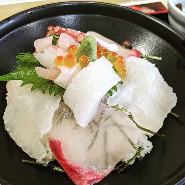 "Kei Kiryu on Instagram: ""お昼ごはんは海鮮丼"" (844723)"