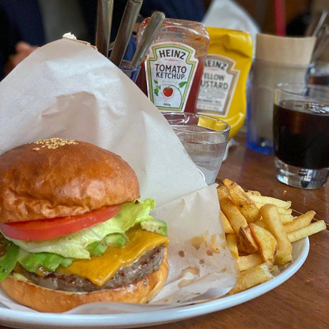 "____3320 on Instagram: ""*ゆう豆からのGB🍔**#京都ランチ#京都カフェ#グランドバーガー#grandburger"" (847591)"