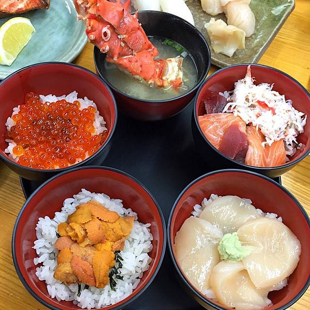 "W. amy 🇹🇭 on Instagram: ""🍣🍙 Lunch set ¥2,500 คือดี อิ่มยังไม่ได้ไปไหนกินกันอย่างเดียวเลยอร้ายยยย😂😂😪 #mmiiaroundtheworld #mmiispecialfood #japantrip2015…"" (857078)"