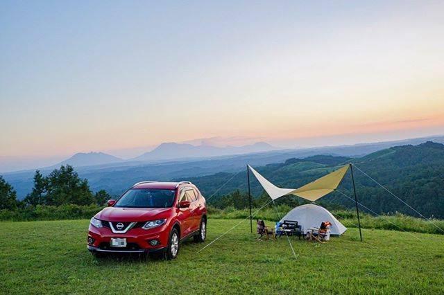 """ひろかず's Instagram post: """"* * 夫婦で久しぶりに(約2年ぶり)キャンプに行ってきました。 * キャンプ道具が少ないので、よく聞こえるように #ミニマムキャンプ と題してガチ勢の中久住高原で楽しんできました← * * 一言でまとめるとやっぱりキャンプは楽しいです⛺️ * * location :…"""" (863638)"""