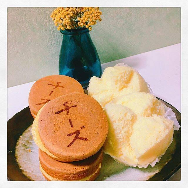 """♡𝕙𝕚𝕥𝕠𝕞𝕚♡ on Instagram: """"たまに無性に食べたくなるやつ☺︎ 高橋まんじゅう屋のチーズおやき&蒸しパン♥︎⍤⃝*・゜゚・*:.。..。.:*・'*:.。. .。.:*・゜ . . #lovers_nippon  #daily_photo_jpn  #ig_japan  #ig_photo…"""" (869690)"""