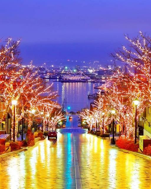 """えり on Instagram: """"雨☔な函館  函館山からの夜景は、あいにくの霧霞  でもこの景色を見れたから、良し.。.:*✧ . . . . #art_of_japan #IGersJP #photo_travelers #japan_night_view #tokyocameraclub…"""" (869806)"""