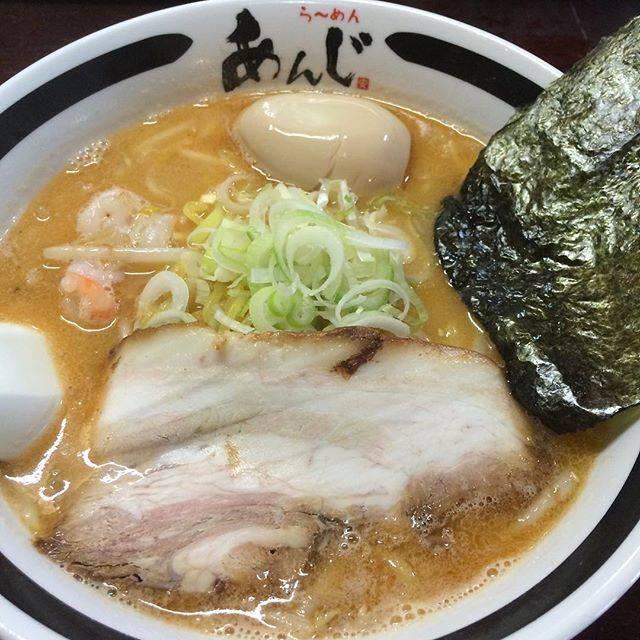 """Takashi Fujita on Instagram: """"#らーめんあんじ #ラーメン #旨塩えびらーめん #バージョンアップ"""" (870517)"""