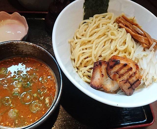 "Sato Hiromune on Instagram: ""(^3^)/つけ麺がうまかった焼きチャーシューがたまんない#じだい屋"" (870519)"