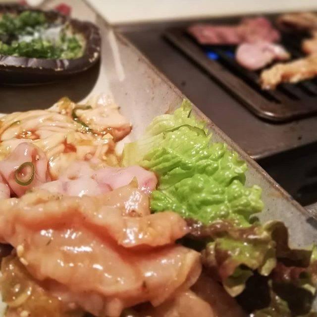 "Kyoko Sugawara on Instagram: ""こんな時間にホルモン盛り合わせ。#平和園 #焼き肉 #ホルモン #帯広 #帯広グルメ"" (871187)"