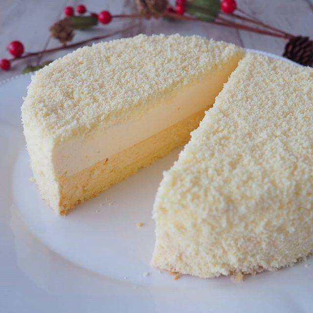"bnsnoyy on Instagram: ""おはようございます🎵1年ぶりのドゥーブルフロマージュ、作りました。実家への手土産に。 #ドゥーブルフロマージュ #チーズのケーキ #手作りドゥーブルフロマージュ #手作りケーキ#手作りチーズケーキ #ルタオ #ルタオのケーキ #ルタオ大好き #お土産ケーキ #お菓子作り記録…"" (873562)"