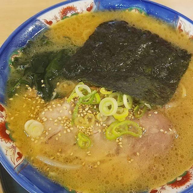 """shun on Instagram: """"しぶき屋🍜""""新あわせみそラーメン"""" #しぶき屋#室蘭#ラーメン#ramen#noodle#夜ごはん#いただきます#美味しい#グルメ#デリスタグラマー#food#yum#yummy#北海道#hokkaido#japan#jp#instadaily#happy#good#nice"""" (873735)"""