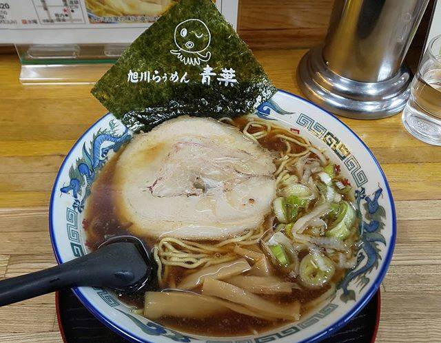 "Matsuo Shintaro on Instagram: ""旭川出張で、旭川ラーメン#旭川ラーメン #旭川 #旭川らぅめん青葉 #しょうゆラーメン #青葉 #めんすたぐらむ #麺スタグラム #旨い #グルメ #noodles"" (874672)"