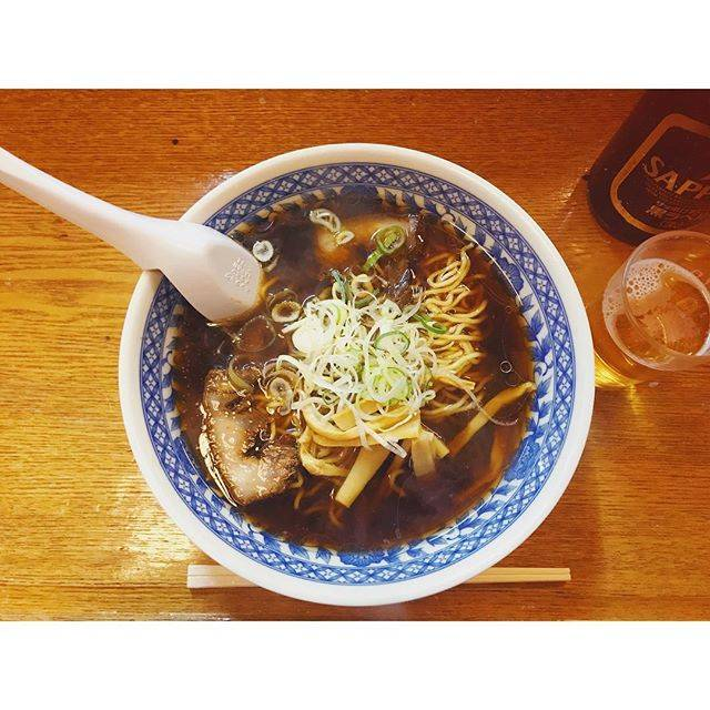"""𝚖𝚊𝚝𝚝𝚊 ☁︎𝚖 on Instagram: """"本日の北海道メシ。昨日salsaスズケン君に教えてもらったとこに行けなかったので今日こそラーメン꒰ꉺᆺꉺ꒱#ラーメン#苫小牧#なかよし"""" (875656)"""