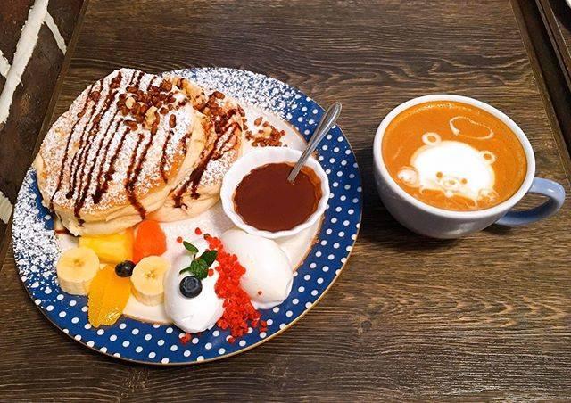"""新原 栞's Instagram profile post: """"2020.01.24 Fri * * cafe del sol * * 大名にあるパンケーキ屋さん! 前日からパンケーキを食べたい気分で 行ったことなかったdelsolを選びました! 私が頼んだパンケーキは チョコレートソースつきのもの🍫 パンケーキ自体は卵感が強かった🥞…"""" (876057)"""