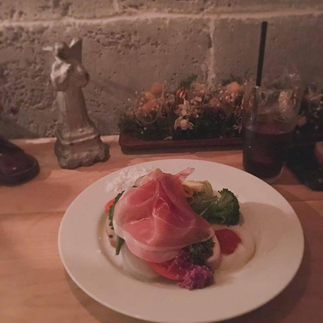 """@ery_kimagure_ellie's Instagram profile post: """". . 🍝カフェヒラコンシェ クラシック⑤🥀. . クラシックランチB. ¥1600コースをオーダー🐈🗝. . クラシックプレート🥗. こちらだけでも十分満足できる質と量。. . . . #カフェヒラコンシェクラシック #hiraconchez #イタリアン #イタリアンカフェ…"""" (876061)"""
