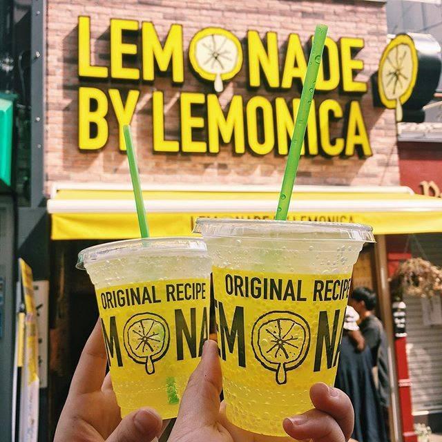 """❁Tsukasa❁'s Instagram post: """"2018.4.3#LemonadeByLemonica 🍋🌿超おいしかった〜さっぱり〜!そして下北に住みたい欲が爆上がりした#レモネード #下北沢 #下北沢カフェ#ママぬーといっしょ #retrip_cafe_東京#lemonica #レモニカ"""" (876457)"""