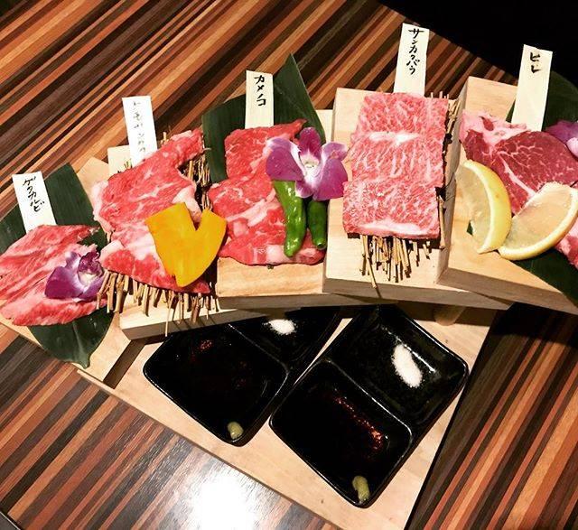 """@izumi.0511 on Instagram: """". . 先日の網走の流氷後、 夜は北見で焼肉。 日曜日の夜ということもあり、 お休みのお店もあったけど、 美味しいお店に連れてってもらえて大満足! ゆっくり2人だけで話したのは何年ぶりだったかな。 友人よ、ありがとう! . #北見  #焼肉  #炙屋 #ヒレ  #サンカクバラ…"""" (877803)"""