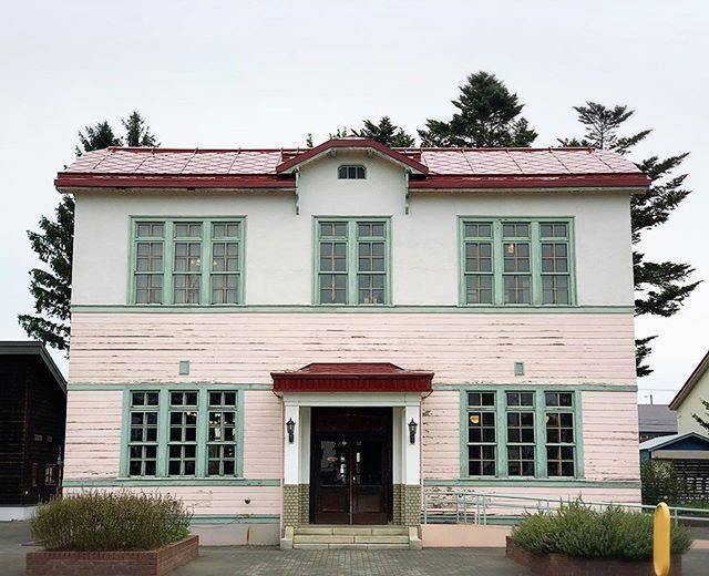 """nagi♡HOKKAIDO on Instagram: """"北見に来たらやはりハッカ記念館へ🌿何回来てるのかわからないくらい来てる、好きな場所。#hokkaido #オホーツク #北見 #ハッカ記念館 #洋館"""" (877834)"""