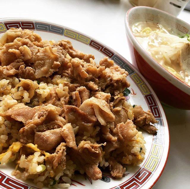"katsu jp on Instagram: ""ここに行かずして、 小倉の中華は語れないらしい。 #小倉名物 #妹妹の肉やきめし 誰もが驚く甘いお肉。 独独の味です。 . . . #妹妹B定食 #小倉っ子 #小倉っ子のソウルフード  #中華料理妹妹 #妹妹 #中華 #中華料理 #中華街食べ歩き  #妹妹肉やきめし#肉焼き飯…"" (881346)"