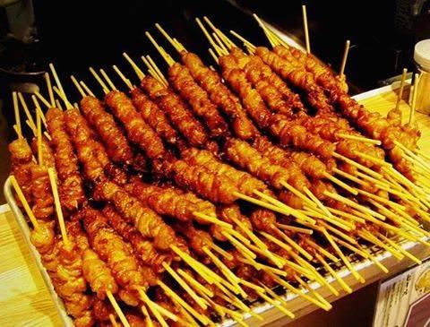 """Shiori☺︎* on Instagram: """"ここ最近の待受画面はコレ😍(笑) 博多名物、カリカリのとり皮さんでーす💓 この前ついに食べ行けたので、次の更新でレポしまっす📝 #ChickenSkin #Skewer #gourmet #delicious #Hakata #鶏皮 #串 #かわ焼 #グルメ #かわ屋…"""" (882181)"""