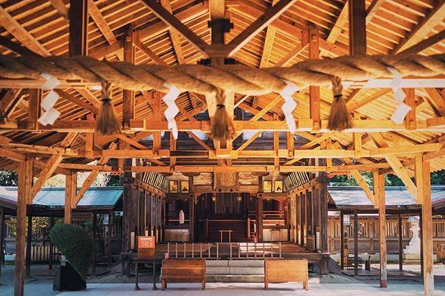 "Erika's Instagram photo: ""2020・01・06  【宗像大社】  日本にある世界遺産のうちの一つ 「神宿る島」宗像・沖ノ島と関連遺産群 に登録されている宗像大社です。  実は、沖ノ島単独で世界遺産かと思ってたので 福岡に世界遺産があるとは知りませんでした😂  …"" (882519)"