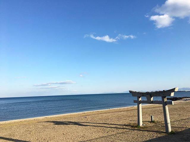 "Aki Sugi on Instagram: ""蓑島いい天気になりましたね#蓑島 #蓑島海水浴場 #海 #快晴 #いい天気 #運転手"" (882683)"