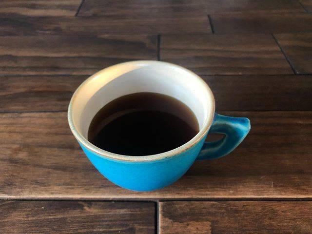 """Ryoco on Instagram: """"ドリップコーヒーはじめました。  牛乳入れないと飲めなかったけど、 ワインと同じくコーヒーも飲めるようになりそう。笑. . . #コーヒー #coffee #☕️ #家コーヒー #おうちコーヒー #ドリップコーヒー #大人の階段 #アロマコーヒー #コーヒー豆…"""" (885595)"""
