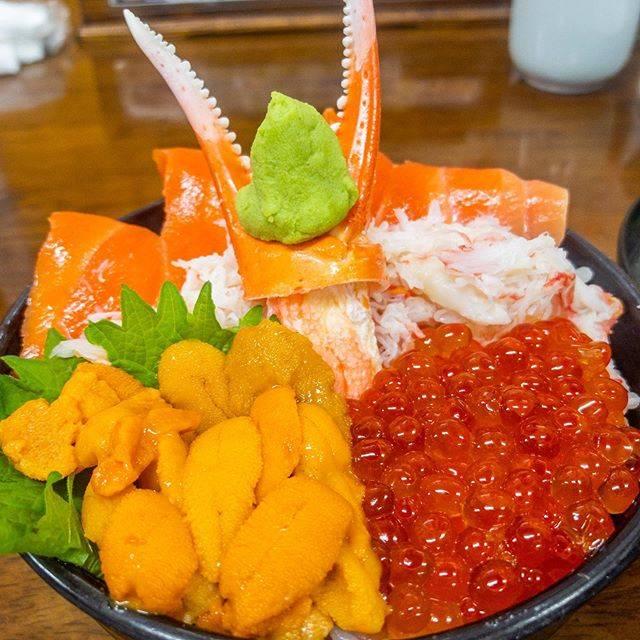 """やまよし on Instagram: """"#海鮮丼 #小樽 #小樽グルメ #小樽観光 #市場食堂味処たけだ たけだ #北海道"""" (887533)"""