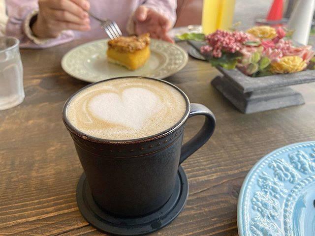 """月脚 on Instagram: """"....最近コーヒー飲めるようになったからもうばばあだ...#2020#0322#oita#beppu#digcoffee#cafe#coffeeshop#latteart#ディグコーヒー#別府カフェ#カフェ巡り#ラテアート#カフェラテ"""" (888350)"""