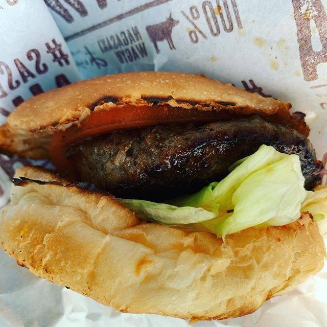 """@ichikawa_foods on Instagram: """"#肉のあいかわ#あいかわバーガー #たべすたぐらむ#食べスタグラム#デリスタグラム#デリスタグラマー#インスタグルメ#インスタグルメアワード2020#食べるの好きな人と繋がりたい"""" (888458)"""