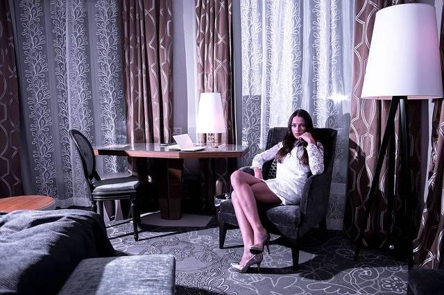 Bride Sitting Hotel Room Living · Free photo on Pixabay (36044)