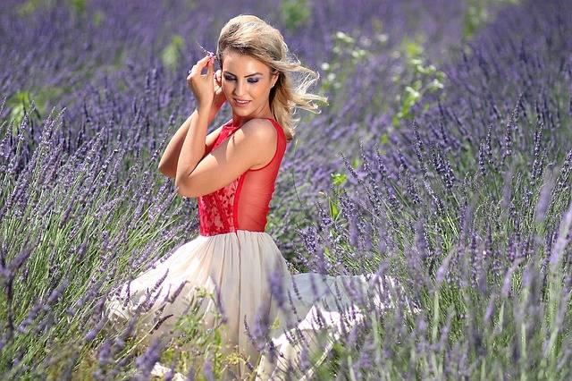 Girl Lavender Mov · Free photo on Pixabay (48604)