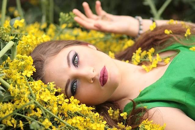 Girl Flowers Yellow · Free photo on Pixabay (51524)